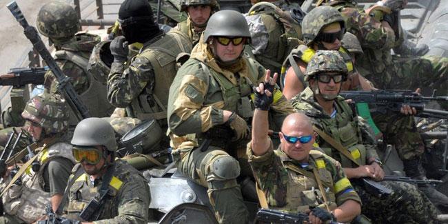 Україні першими на допомогу прийшли саме прості українські добровольці