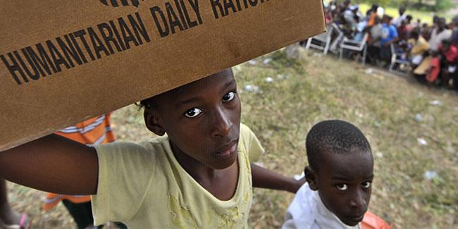 У 2015 році більш ніж 76 мільйонів осіб з 31 країни потребували такої допомоги