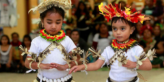 Республіка Кірібаті святкує свій День Незалежності 12 липня, починаючи з 1979 року