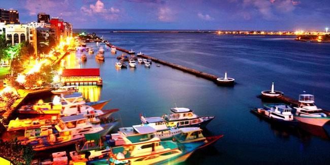 Суверенна незалежність Мальдів була офіційно проголошена 26 липня 1965 року після угоди з Великобританією