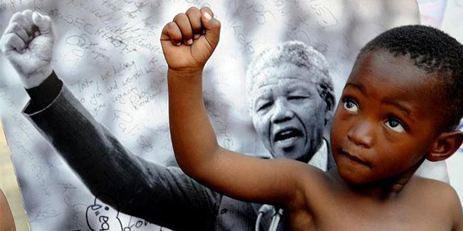 Життєві цінності, які відстоював Нельсон Мандела прості і зрозумілі