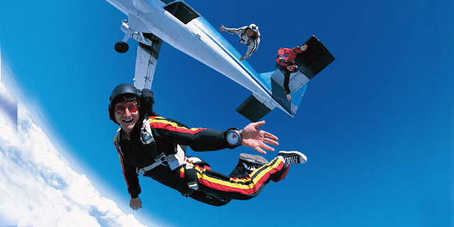 Стрибки з парашутом - це не тільки адреналін і відвага, спорт і професіоналізм