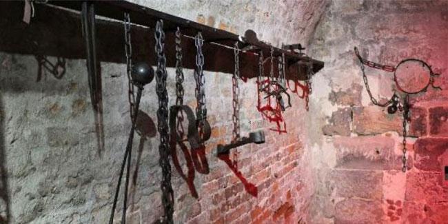 Наказ вищого начальника або державної влади не може служити виправданням тортур