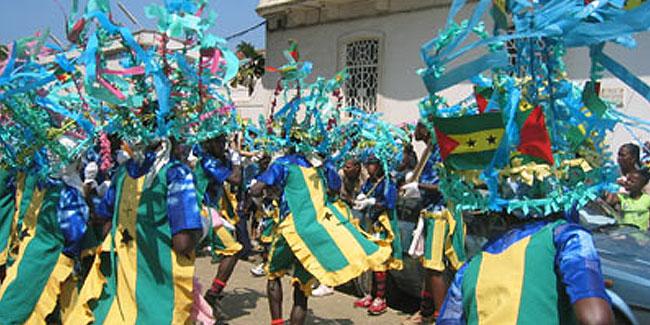 12 липня 1975 року Сан-Томе і Прінсіпі офіційно стали суверенною країною